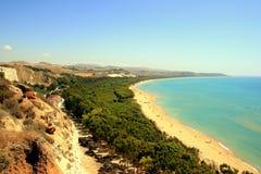 Paisaje marino mediterráneo azul de la playa, Sicilia Fotos de archivo libres de regalías