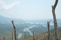 Paisaje, moutain y lago agradables Fotografía de archivo libre de regalías