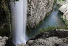 Paisaje natural, cascadas en el monasterio de Piedra en Zaragoza, España Imágenes de archivo libres de regalías