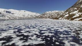 Paisaje natural de Noruega de la naturaleza hermosa Lago aéreo Djupvatne de la cantidad metrajes