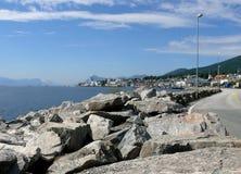 Paisaje Nesjestranda de Noruega Fotos de archivo