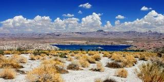 Paisaje Nevada del Mohave del lago Fotos de archivo