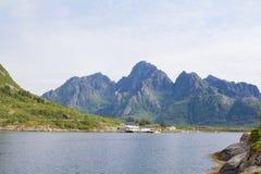 Paisaje noruego de las montañas Foto de archivo libre de regalías