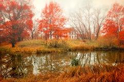 Paisaje nublado del otoño en tonos ilustrados Fotos de archivo libres de regalías