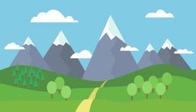 Paisaje panorámico de la montaña con nieve en los picos Imagen de archivo libre de regalías