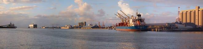 paisaje panorámico del puerto de 32 megapixel Fotografía de archivo