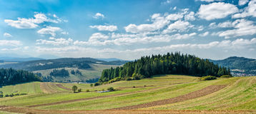 Paisaje panorámico en las montañas de Pieniny Fotografía de archivo