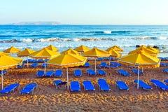 Paisaje, playa en un Crete imagenes de archivo