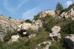 Paisaje rocoso de la colina fotografía de archivo libre de regalías