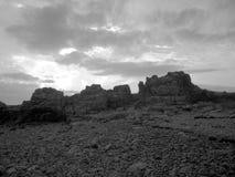 Paisaje rocoso en blanco y negro fotografía de archivo libre de regalías