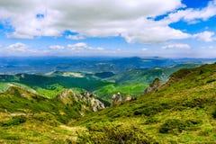 Paisaje rumano de la montaña Imagen de archivo libre de regalías