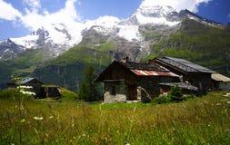 Paisaje rural en las montan@as Fotos de archivo libres de regalías