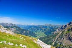 Paisaje suizo de las montan@as Foto de archivo libre de regalías