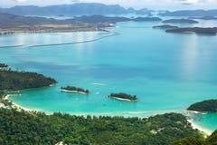 Paisaje tropical de la costa de Langkawi Fotos de archivo
