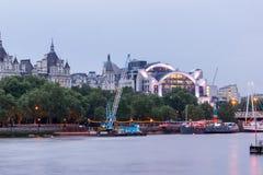 Paisaje urbano asombroso de la noche de la ciudad de Londres, Inglaterra, Reino Unido foto de archivo libre de regalías