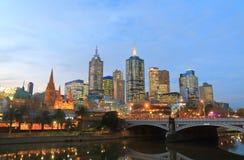 Paisaje urbano céntrico Australia de los rascacielos de Melbourne Fotos de archivo libres de regalías