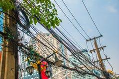 Paisaje urbano de Bangkok, distrito financiero Alambre eléctrico tailandia bangkok fotos de archivo libres de regalías