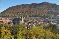 Paisaje urbano de Brasov en la caída Fotos de archivo libres de regalías