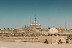 Paisaje urbano de El Cairo con la opinión sobre mezquita del alabastro fotografía de archivo libre de regalías
