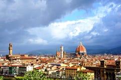 Paisaje urbano de Florencia por día fotos de archivo