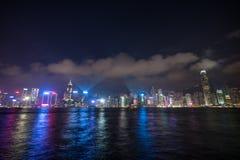 Paisaje urbano de Hong-Kong el hora del crepúsculo de la puesta del sol fotos de archivo