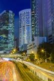 Paisaje urbano de Hong-Kong en la noche Imagenes de archivo