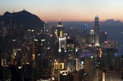 Paisaje urbano de Hong Kong Island en la puesta del sol de la colina de Braemar Imagen de archivo