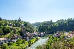 Paisaje urbano de la ciudad de Fribourg en Suiza Fotografía de archivo libre de regalías