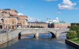 Paisaje urbano de la ciudad vieja en Estocolmo, Suecia imagen de archivo libre de regalías