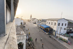 Paisaje urbano de la costa del cabo, Ghana Fotos de archivo libres de regalías
