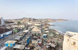 Paisaje urbano de la costa del cabo, Ghana Foto de archivo