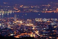 Paisaje urbano de la noche Imagen de archivo