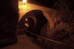 Paisaje urbano de la noche de Brasov Imágenes de archivo libres de regalías