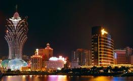 Paisaje urbano de Macao con la señal famosa del casino Imagen de archivo libre de regalías