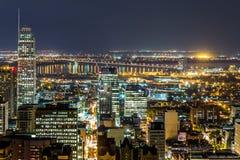 Paisaje urbano de Montreal en noche Fotografía de archivo libre de regalías