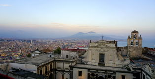 Paisaje urbano de Nápoles Imágenes de archivo libres de regalías