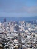 Paisaje urbano de San Francisco que mira abajo de la calle de mercado Fotos de archivo libres de regalías