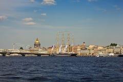 Paisaje urbano de St Petersburg Foto de archivo