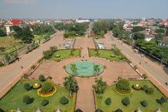Paisaje urbano de Vientián, vista de pájaro sobre el horizonte de la ciudad Imágenes de archivo libres de regalías