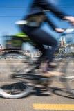 Paisaje urbano de Zurich con tráfico de ciudad Imágenes de archivo libres de regalías