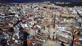 Paisaje urbano del cielo almacen de metraje de vídeo