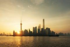 Paisaje urbano del horizonte de Shangai, vista de Shangai en las finanzas de Lujiazui Imagen de archivo