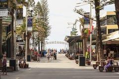 Paisaje urbano del paraíso de las personas que practica surf de la ciudad de Gold Coast Fotografía de archivo libre de regalías