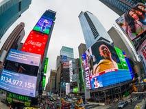 Paisaje urbano del tiempo del día de Time Square fotos de archivo