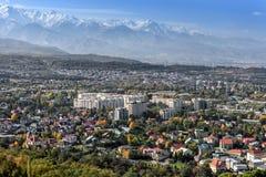 Paisaje urbano en Almaty Foto de archivo libre de regalías