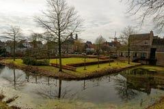 Paisaje urbano en Ravenstein en los Países Bajos imágenes de archivo libres de regalías