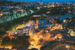 Paisaje urbano escénico, vista superior del distrito viejo de Abanotubani de Tbilisi Fotografía de archivo