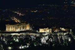 Paisaje urbano griego de la acrópolis (Parthenon) del monte Licabeto (colina) de Lykavittos, Atenas Fotos de archivo libres de regalías