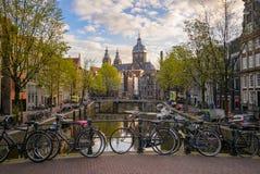 Paisaje urbano hermoso de Amsterdam fotos de archivo libres de regalías