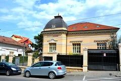 Paisaje urbano típico en Cluj-Napoca, Transilvania Foto de archivo